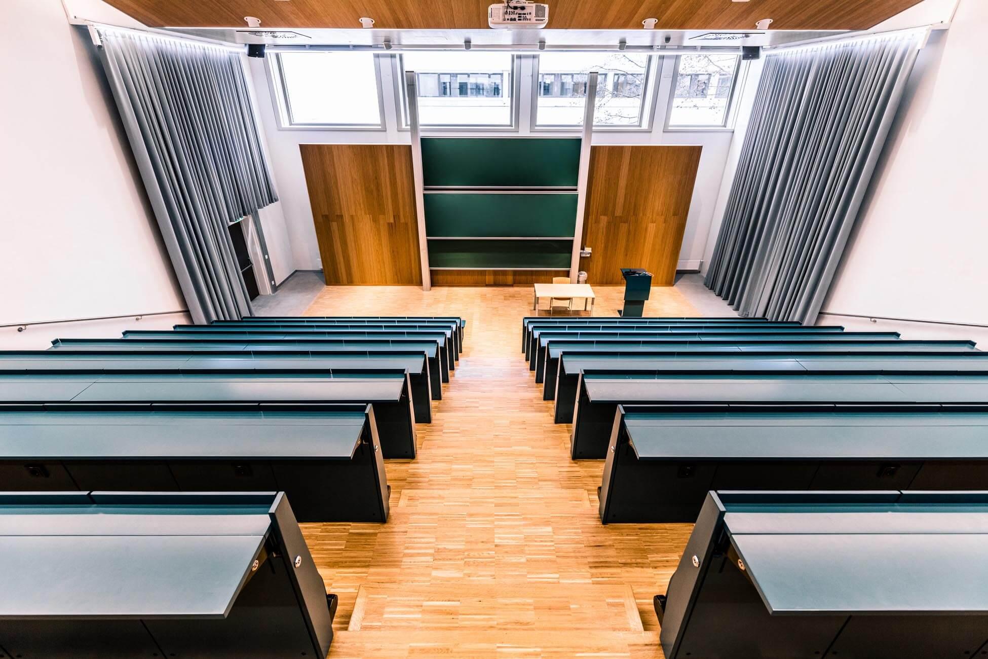 Architekturfotografie der neuen Hörsäle der Uni Klagenfurt in Kärnten (6)