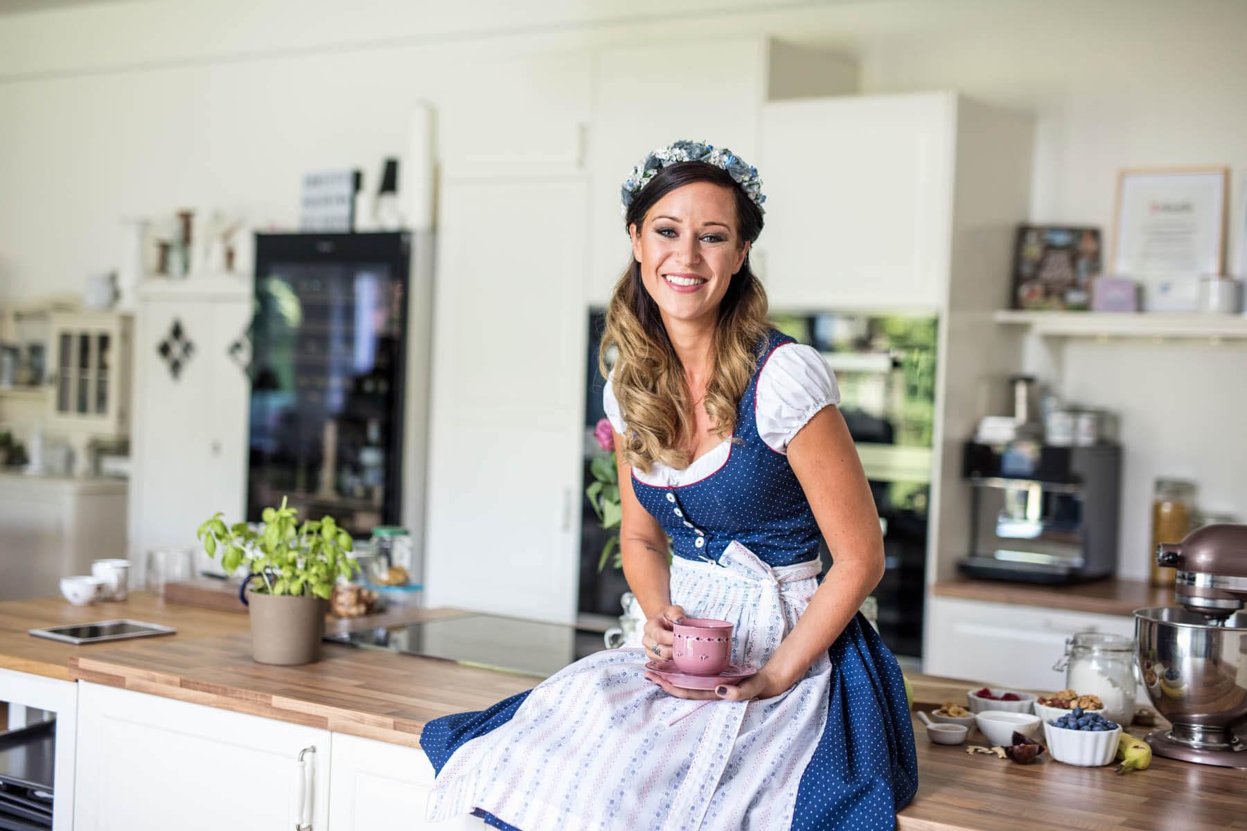Cooking Catrin - Kelag Cover Fotostrecke - Star Köchin Catrin Neumayer - Food und Portrait Fotograf Klagenfurt, Kärnten